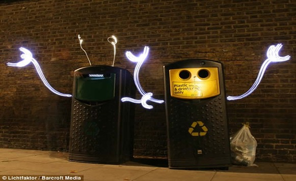 Lichtfaktor genera criaturas luminosas en las ciudades