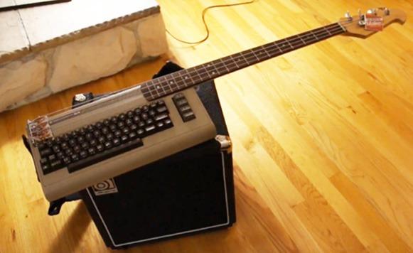 Un Commodore 64 se trasforma en un increíble bajo (por Manuel Cosío y Pulpo Caivano)