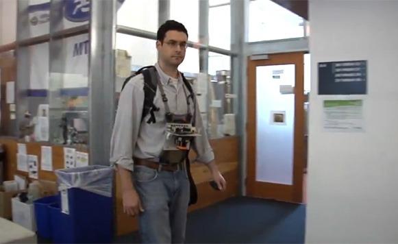 Mapeando lugares en tiempo real con Kinect y rayos láser (por Manuel Cosío)