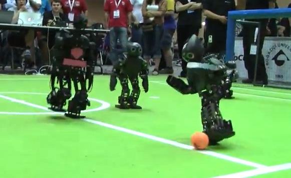 Fails robóticos (por Manuel Cosío y Pulpo Caivano)